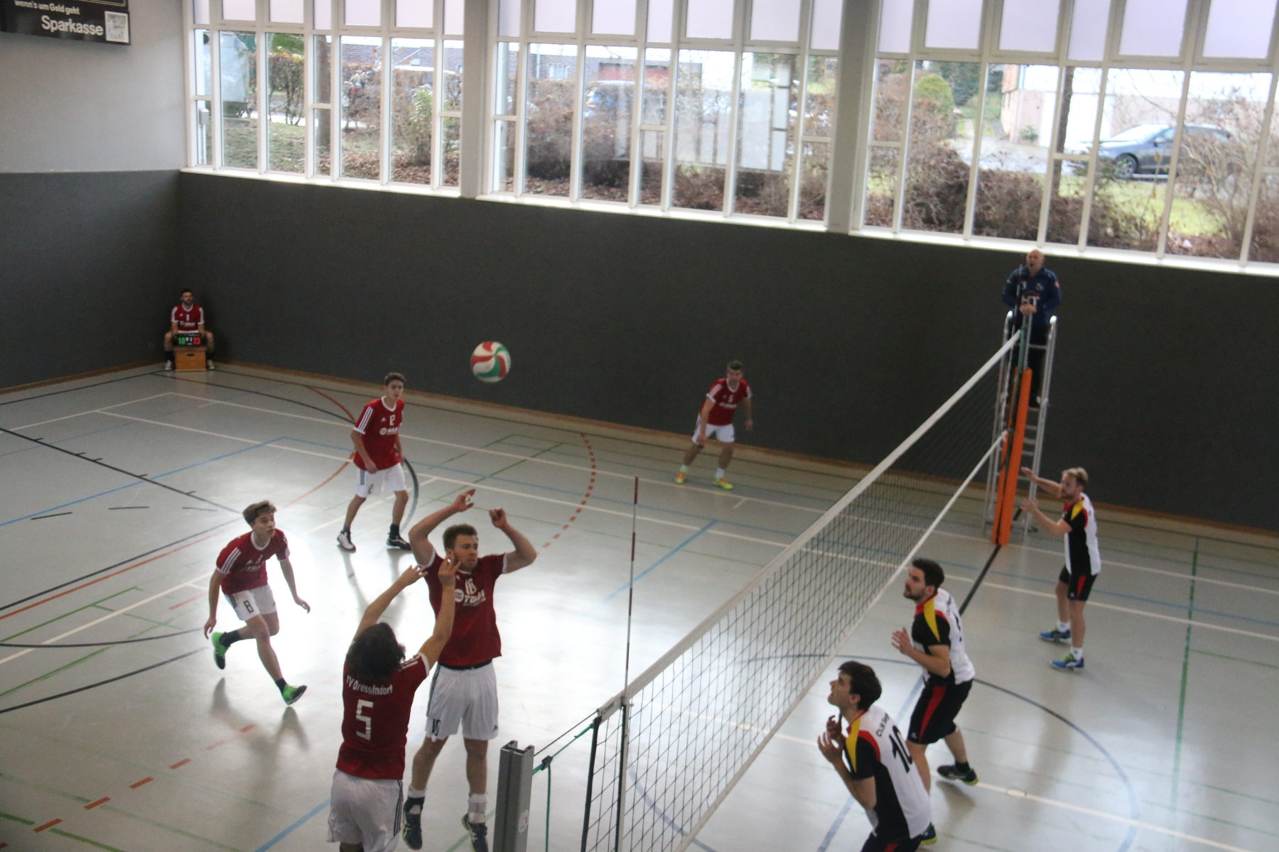 Volleyball-121
